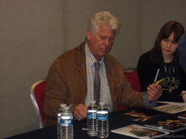 Barry Bostwick Signing Autographs