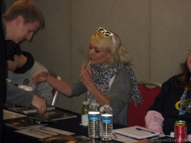 Myanna Buring Signing Autographs