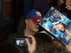 daniel-radcliffe-signing-autographs-after-the-cripple-of-inishmaan-02-friday