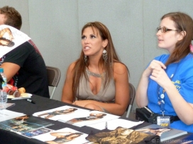 mickie-james-signing-autographs-1